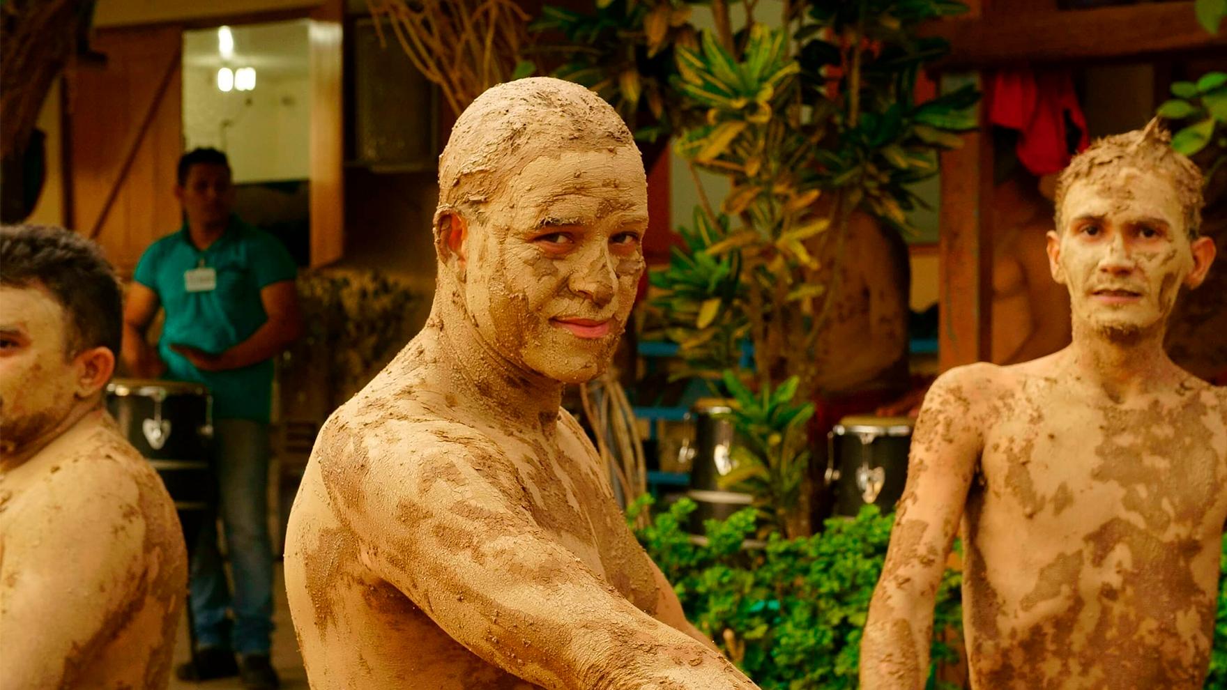 RR-mud-face-Brazil-Prison-Amazon-Ritual