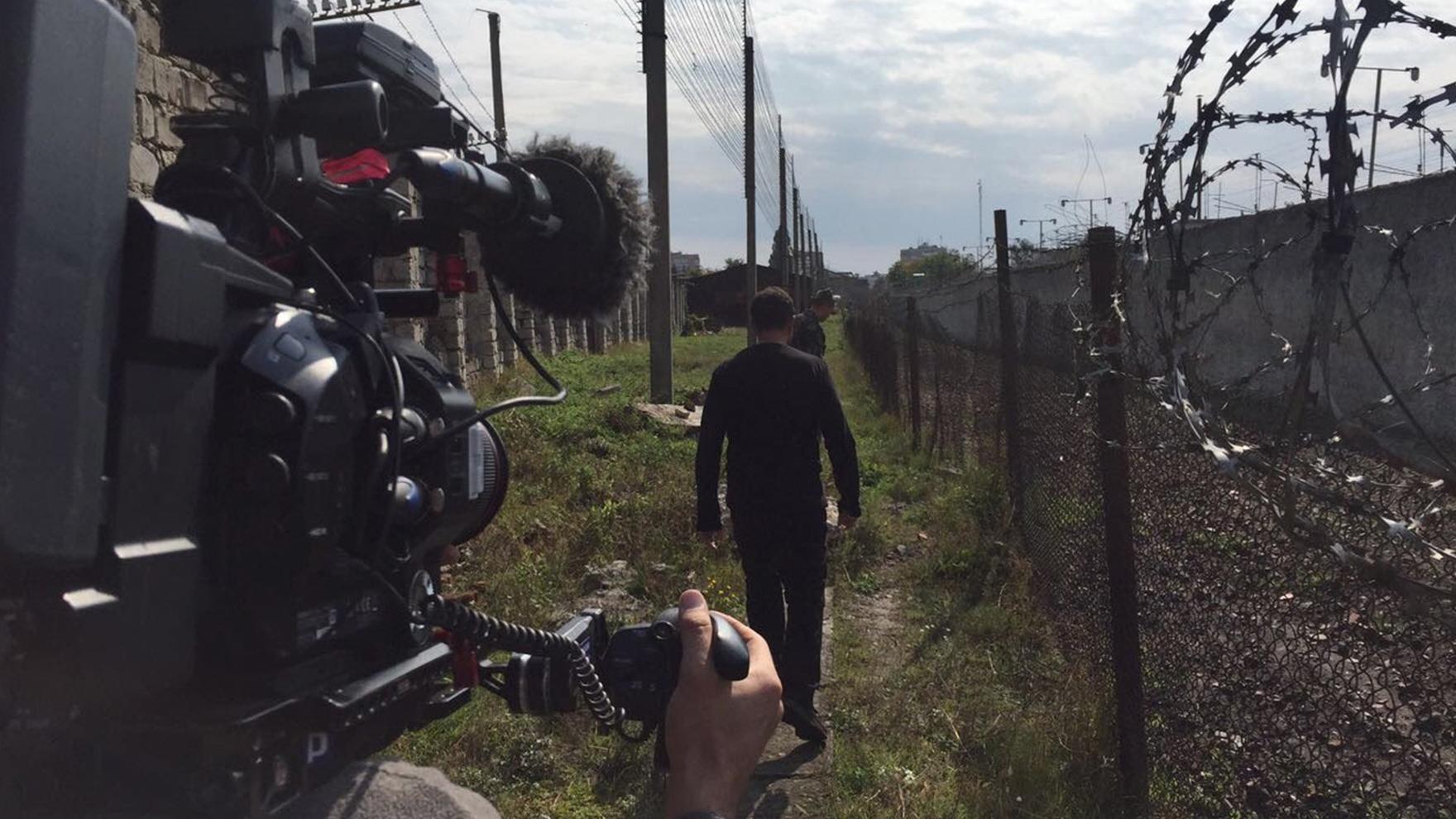 RR-walking-around-Ukraine-prison1