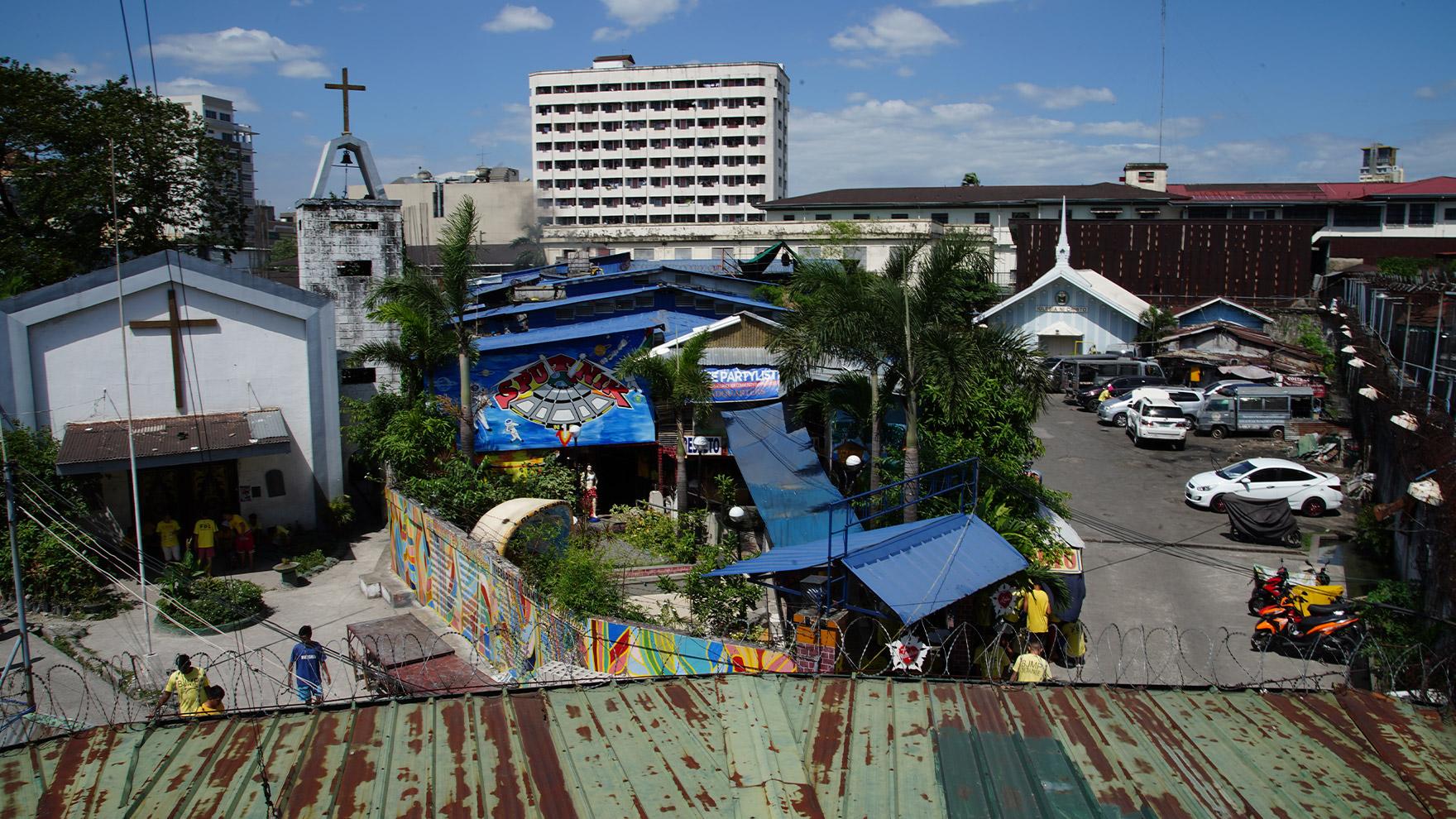 ITWTP-503-Philippines-Publicity-Still-Emporium-45